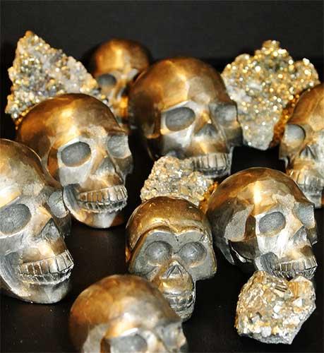 Pyriet ruw en schedels
