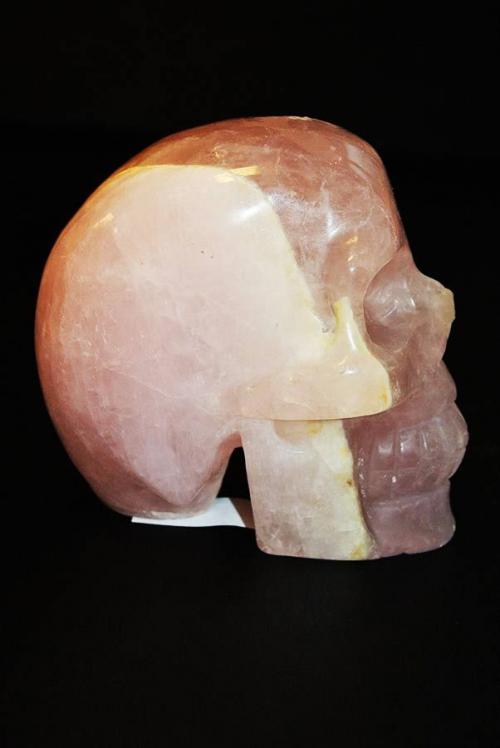 rozenkwarts crystal skull 2 soorten, rosequartz crystal skull, kristallen schedel