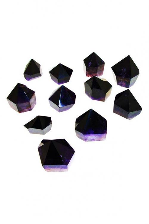 donkere amethist, donker paars, ruw, punt, punten, amethyst, dark amethyst, zwarte amethist, black amethyst, kopen