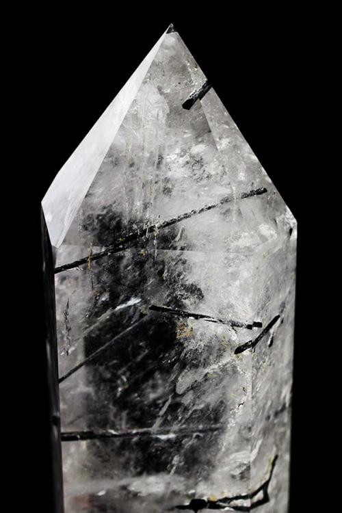 Zwarte Toermalijnkwarts punt, turmalinequartz, bergkristal, toermalijn, grote punt, kopen, bijzonder,