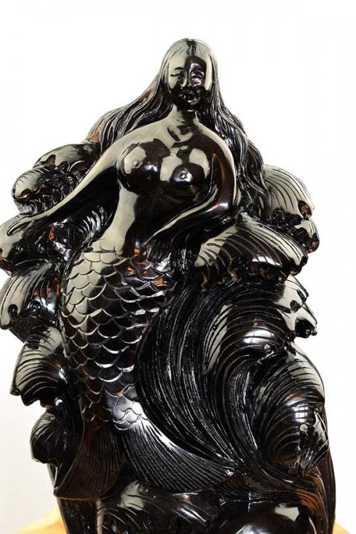 Obsidiaan zee meermin met schedel en golven, groot, bijzonder beeld, zeemeermin, zee meermin, mermaid, obsidian, kopen