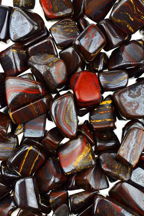 tijgerijzer steen, tijgerijzer stenen, gepolijst, polished, tiger iron, kopen, trommelsteen, trommelstenen, knuffelsteen, knuffelstenen, edelstenen, edelsteen, happy spirit