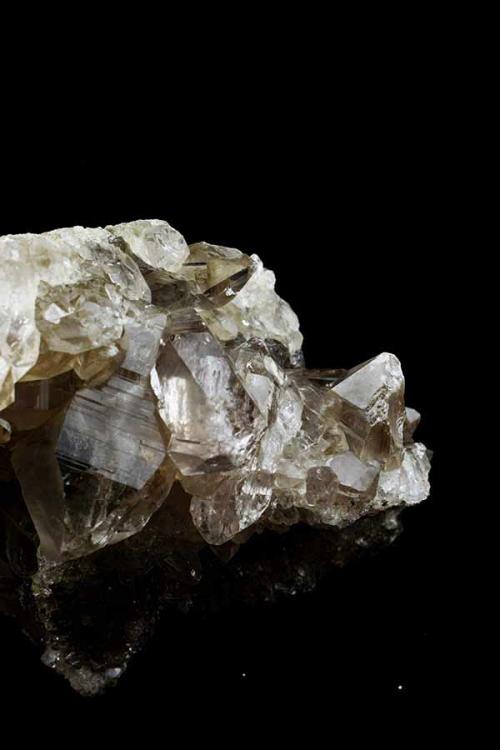 Bergkristal cluster , Bergkristal cluster groot, bergkristal, clear quartz, ruwe bergkristal, bergkristal cluster, bergkristal a kwaliteit, bergkristal groep, groepje, top kwaliteit, kopen, bergkristal, top kwaliteit bergkristal cluster