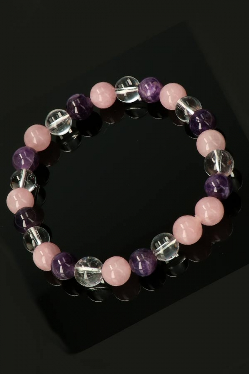 kopen, Gouden driehoek armband, 8 mm, gouden driehoek powerbead, bracelet, kralen, rozenkwarts armband, amethist armband, bergkristal armband